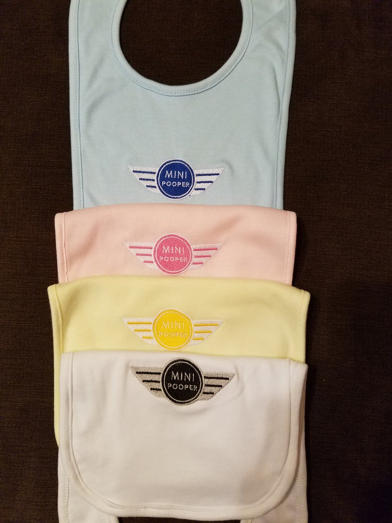 Image of MINI Pooper knit bibs