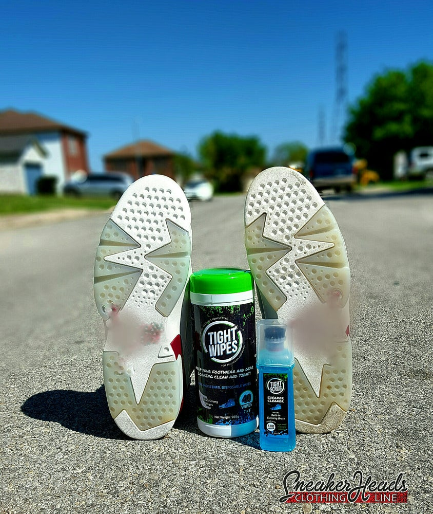 "Image of Ultimate ""TIGHTWIPES"" Cleaning Kit"