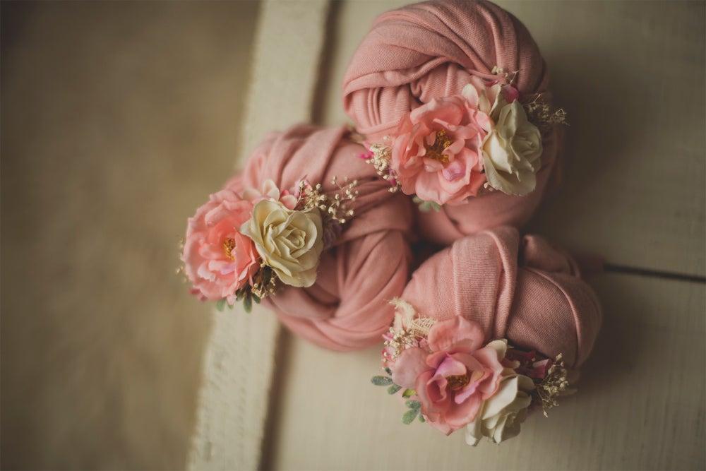 Image of Floral Wrap & Tieback Set