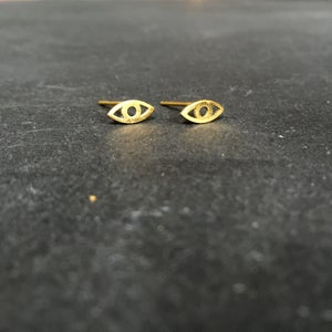 Image of Eye am studs brass
