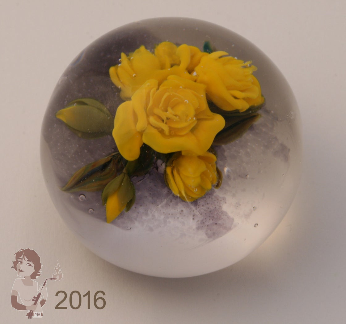 Image of 'yellow roses'