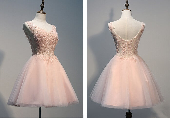 Lovely Light Pink Tulle Short Prom Dress With Lace