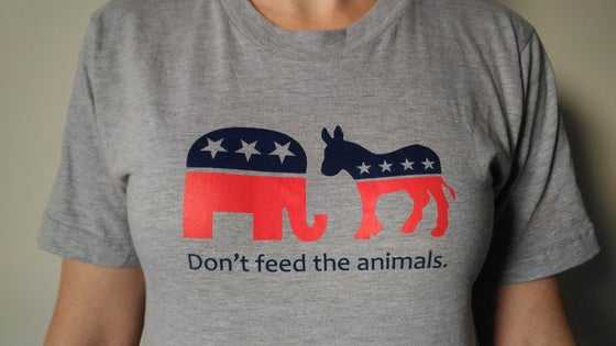 "Image of ""Don't feed the animals"" T-shirt"