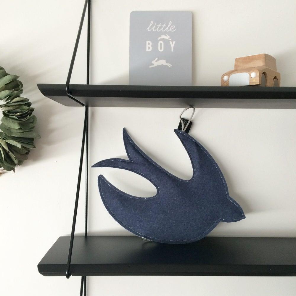 Image of L'Hirondelle/Colombe de la paix bleue et argent collection avec Crème Anglaise