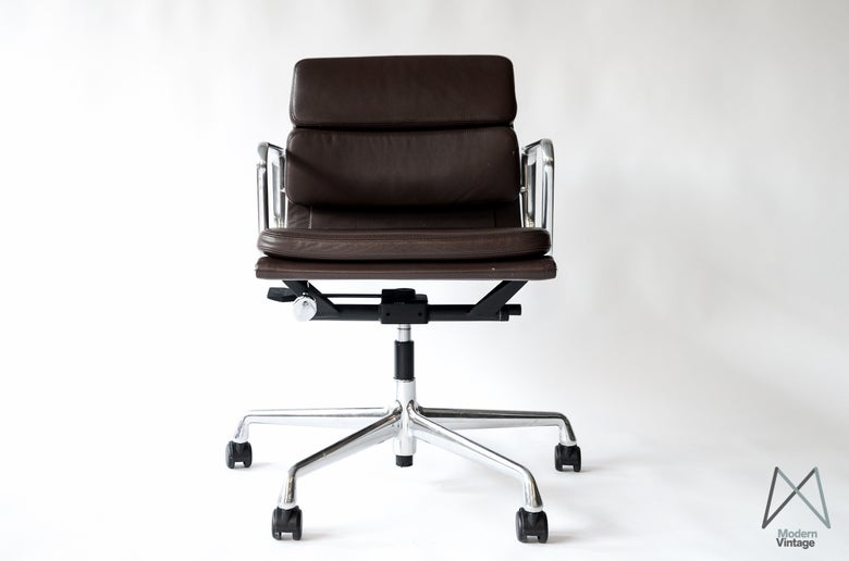 Image of Desk chair Eames Vitra EA217 soft pad