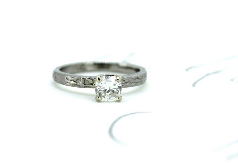 Image of cushion cut moissanite engagement ring . size 6