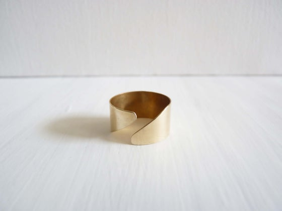 Image of Diagonal ring _ gold or rose gold