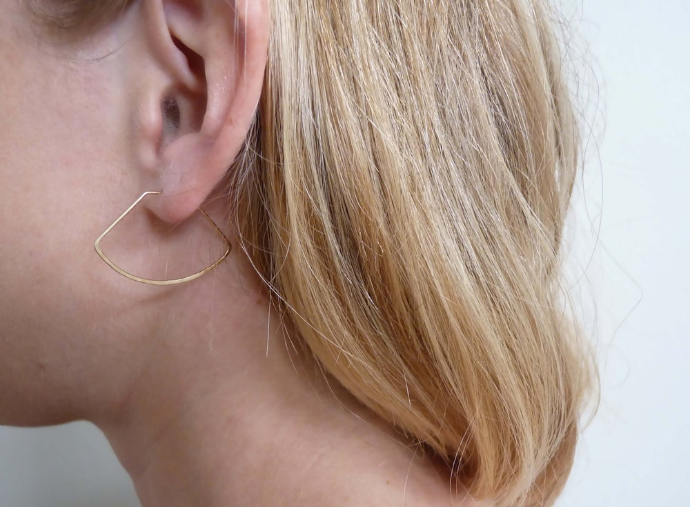 Image of Curve earrings
