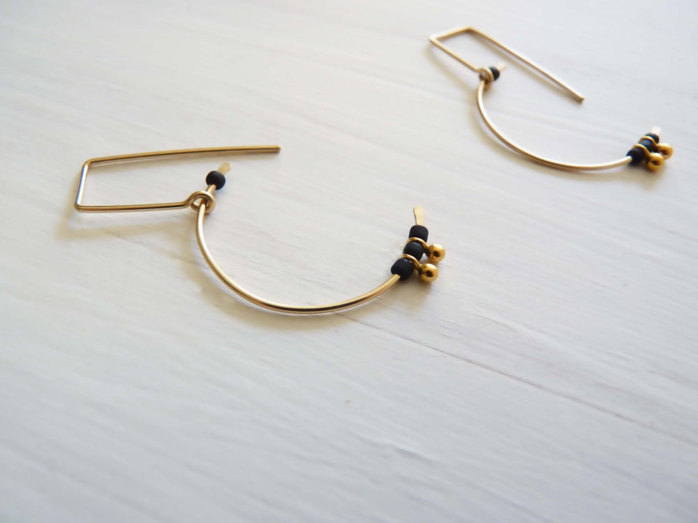 Image of Balance earrings