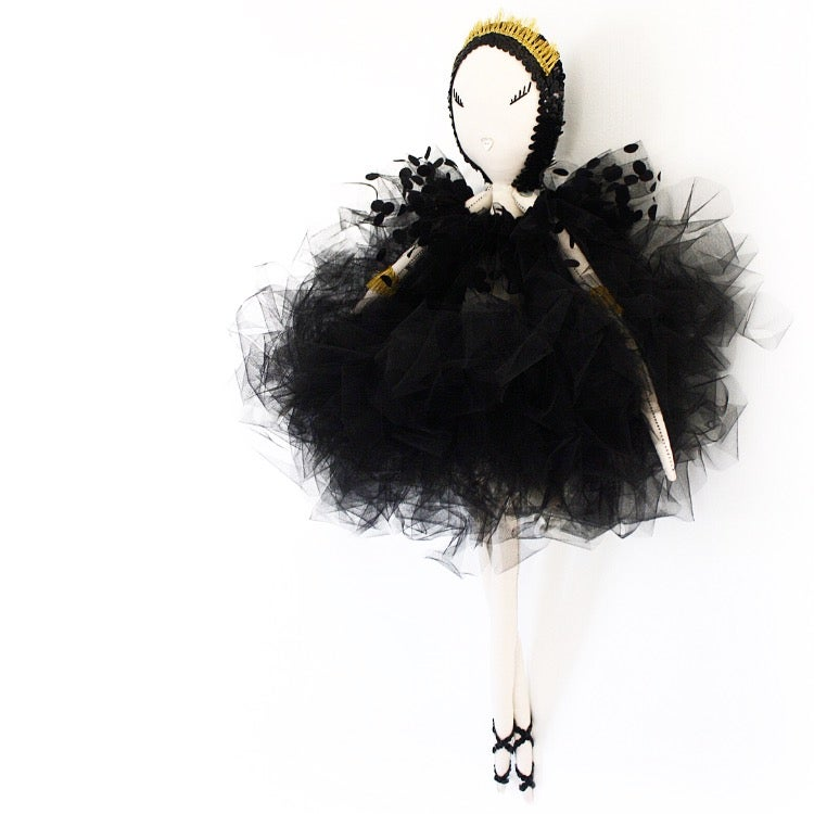 Image of MAVEN VIKTORIA - The Couture Collection