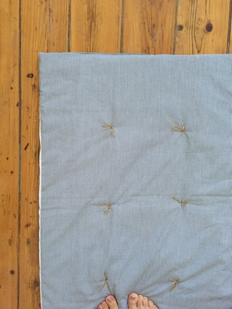 Image of linen two colours playmat