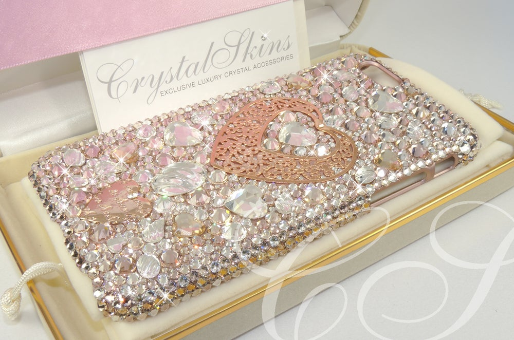 Image of 'LOVE VINTAGE' iPhone Fully Covered Case.