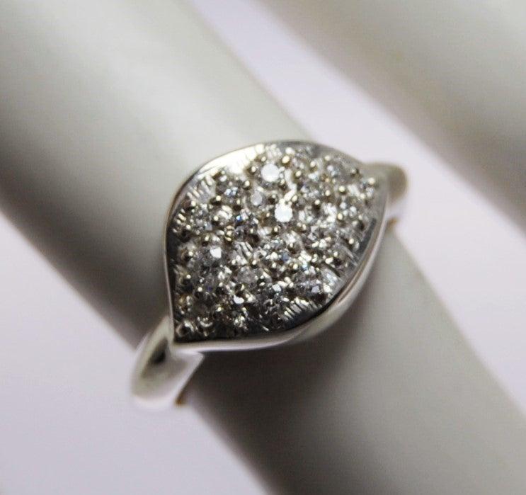 Image of Onde Diamonds Ring