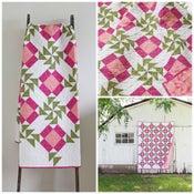 Image of Aunt Rose Garden Quilt PDF