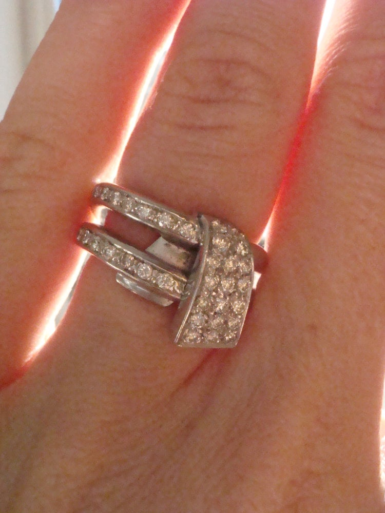Image of Vintage 18ct white gold designer diamond ring