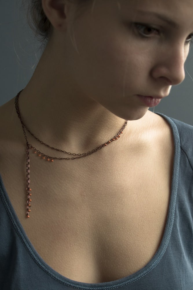 "Image of Collier Perle ""Cravate"" / Chaine Vieux Cuivre"