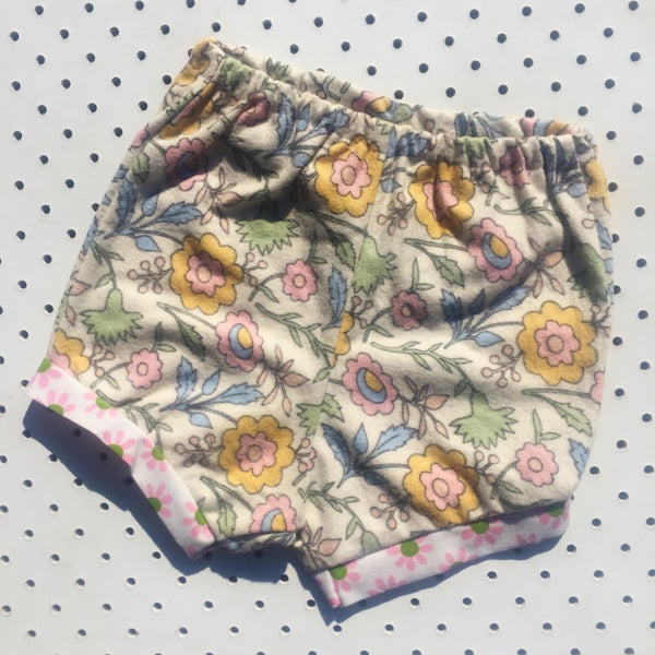 Image of Baggy bloomers - size 6-12mths - floral flannel