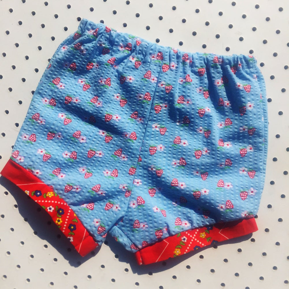 Image of Baggy bloomers - size 6-12mths - strawberry seersucker