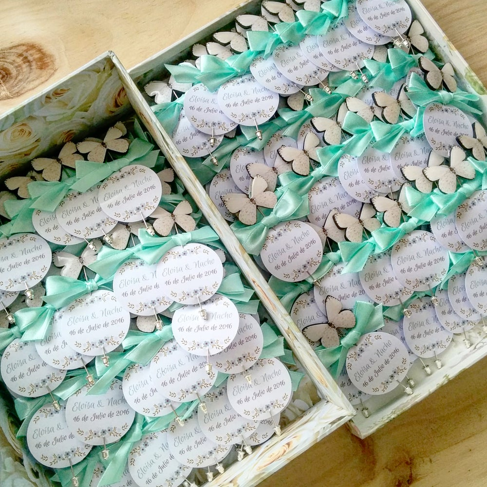 Image of Pack 30 alfileres mariposas blancas