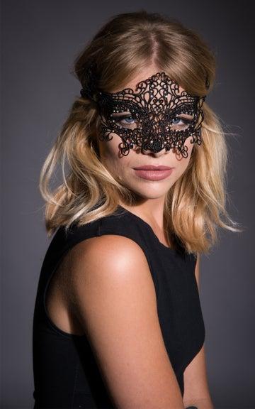 Image of Elvira Masquerade Mask in Black or White