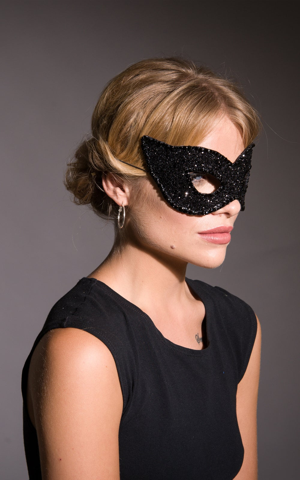 Image of Diamante Sinner Masquerade Mask