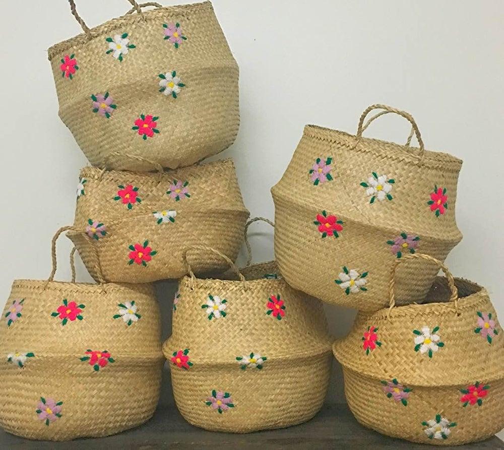 Image of venice basket -- wildflower