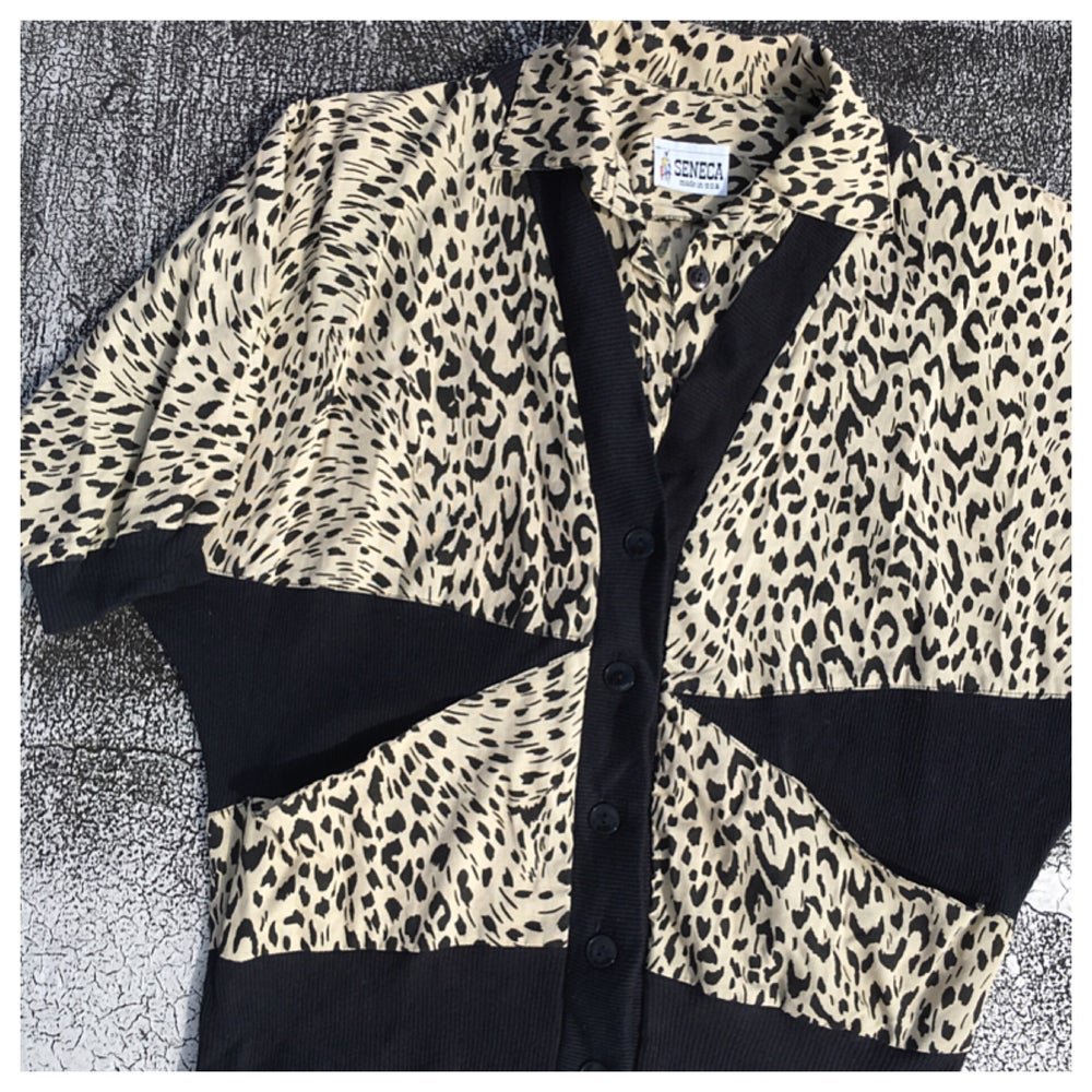 Image of 80s Color Block Animal Print Dolman Sleeve Sweatshirt