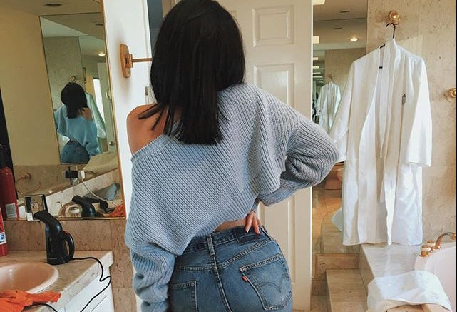 Image of The new autumn and winter lo shi short paragraph wavy hem knit pullover sweater