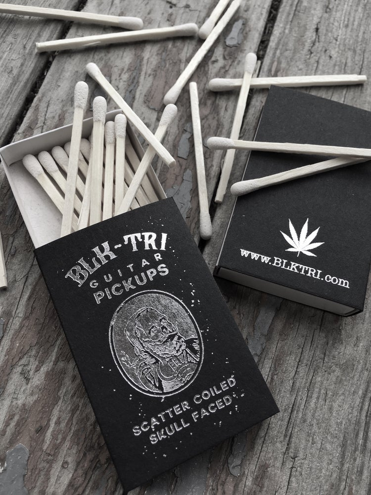 Image of SMOKE stash tin with matches