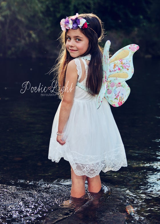 Image of Wife-made Butterfly Wings Pattern (PDF DOWNLOAD)