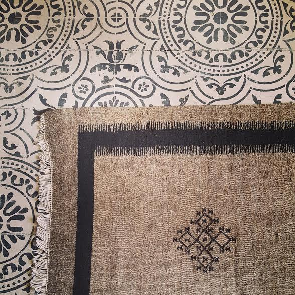 Image of Berber Cross - Taupe & Black rug