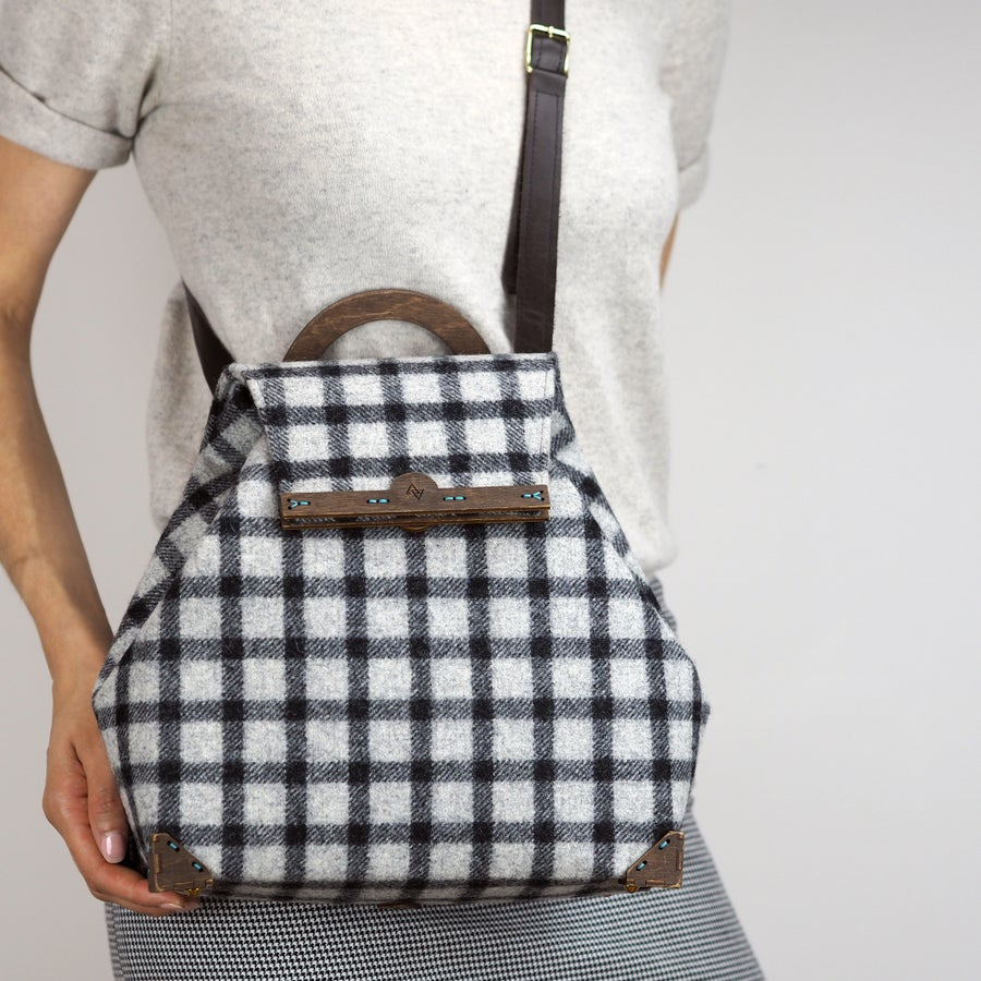 Image of Shoulder Handbag with Strap in Banff Wool