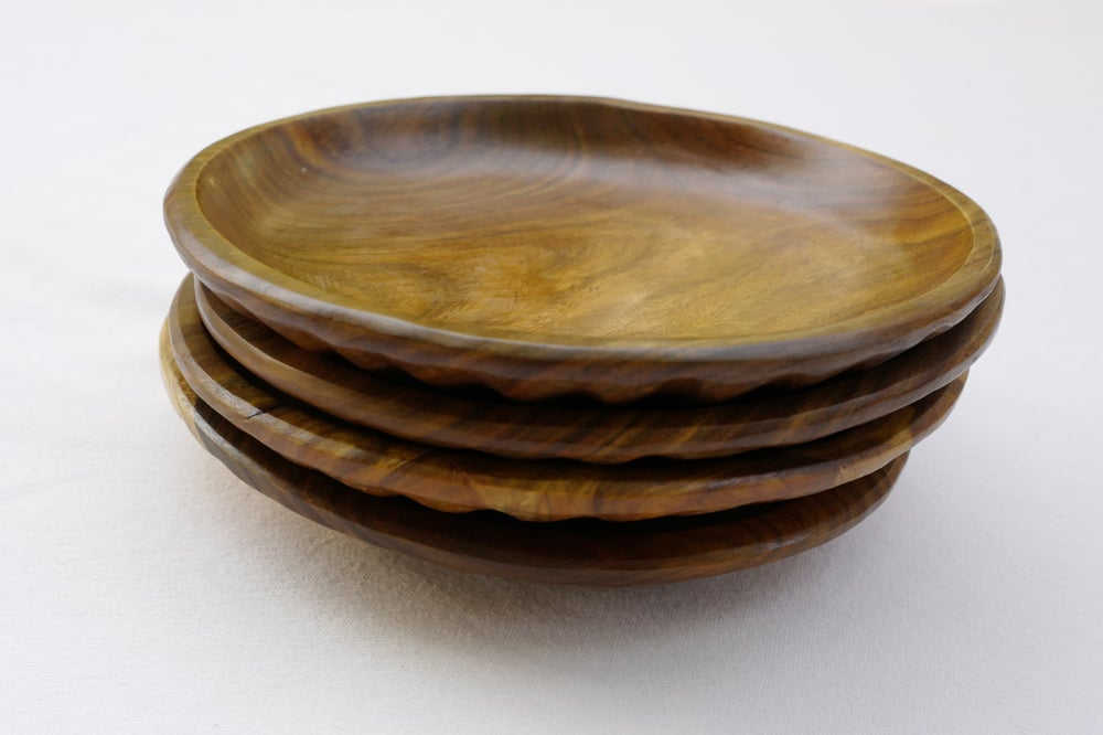 Image of Baracoa Wood Plates