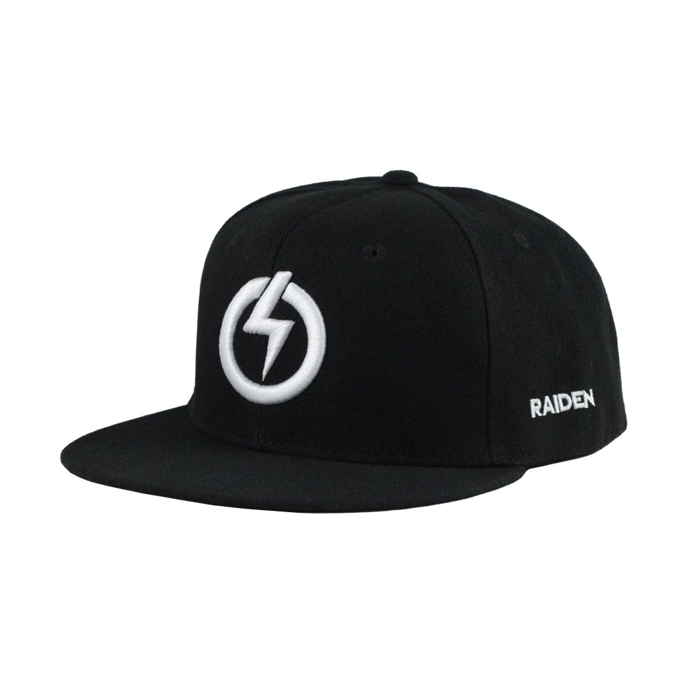 Image of RAIDEN SYMBOL SNAP BACK HAT - WHITE/BLACK