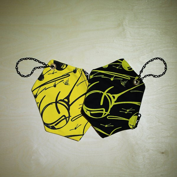 Image of BLACK & YELLOW HONEYCOMB CLUTCH PURSES