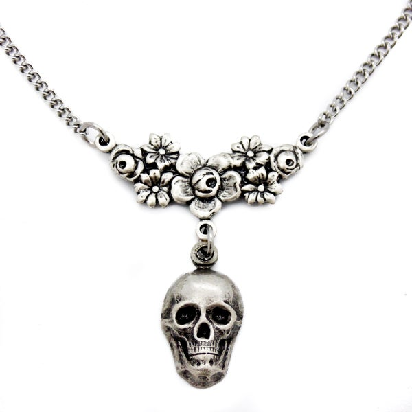 Image of Skull & Roses Choker/Necklace