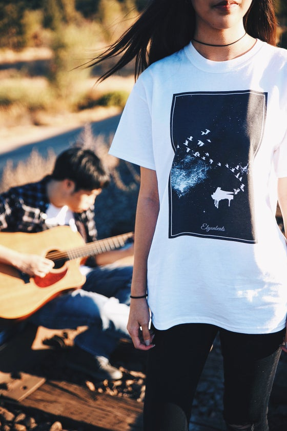 "Image of Elyonbeats ""Flying Melodies"" T-shirt"
