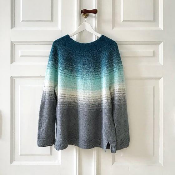 Image of Dip Dye Sweater - Upsize