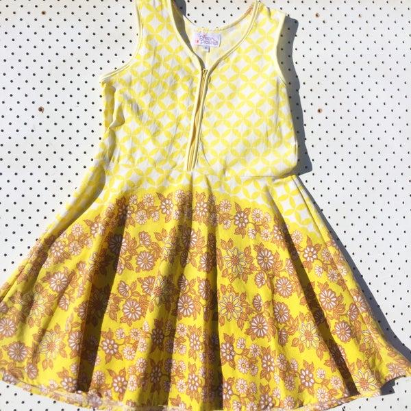 Image of Size 9 'vintage twirl' dress - hippie love