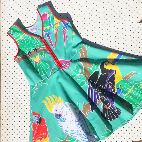Image of Size 10 vintage twirl dress - parrot party