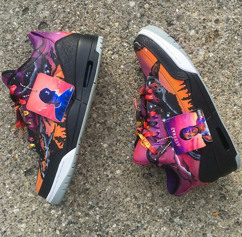 "Image of  Exclusive ""ASTEROID/GALAXY"" LE Custom LACES"