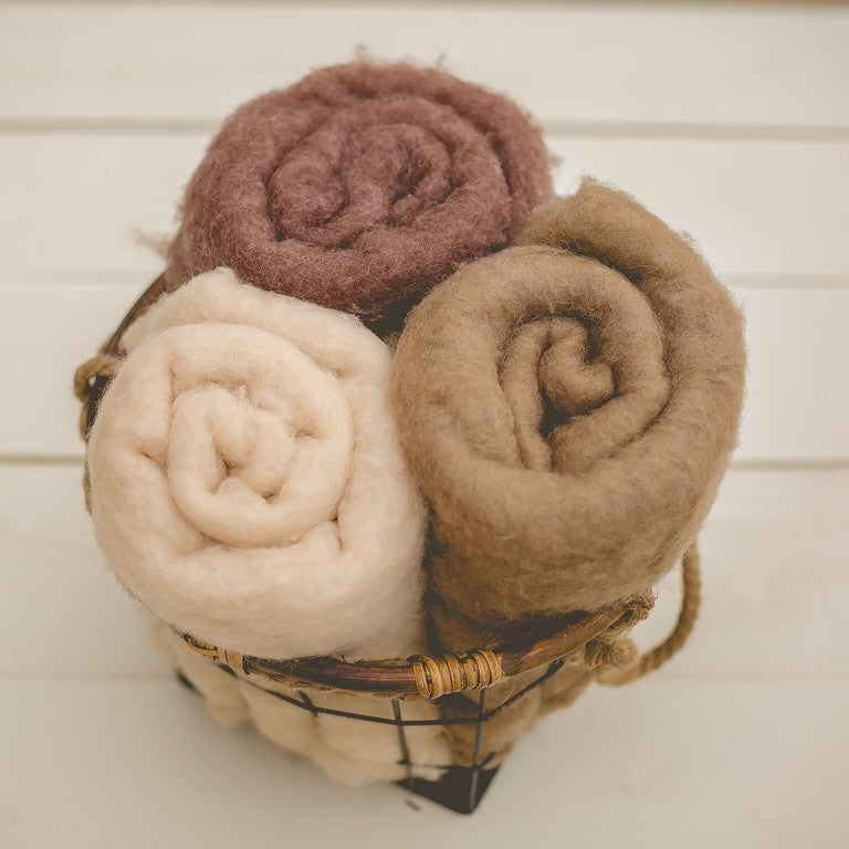 Image of EUROPEAN WOOL FLUFF - Natural Collection