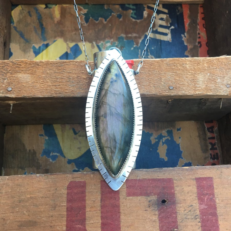 Image of REVERSIBLE LABRADORITE AND ABALONE LIGHTER NECKLACE