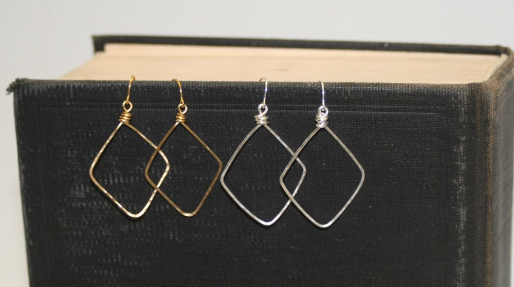 Image of Sophia Tamar ~ Diamond Earrings