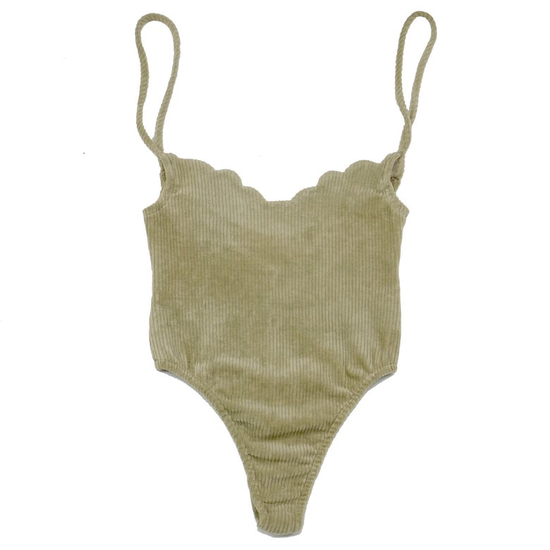 Image of 70'S SCALLOP BODYSUIT- BALANCED BEIGE