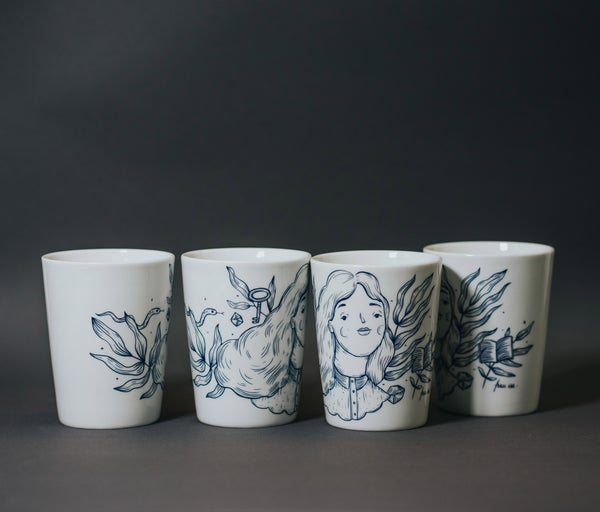 Image of 3 + 1! Porcelain Mug Set - Frau Isa