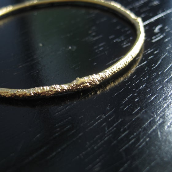 Image of Sand and Surf Bangle, gold