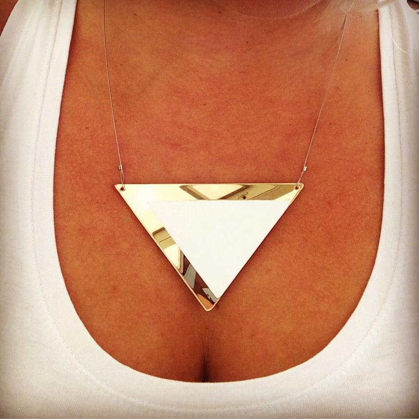 Image of Náhrdelník / Necklace Gold-white Venus