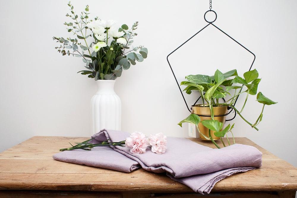Image of mantel lila