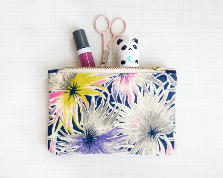 Image of wild flower // pouch